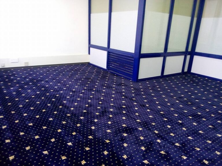 Dotted Modern Carpet for your Home Dubai